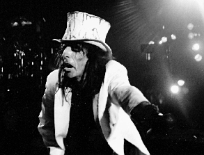 Alice Cooper (pic Curt King Demolish)